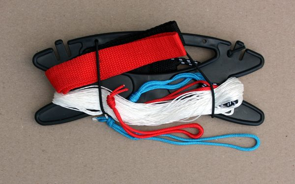 Set of 150lb Dyneema flying lines with Straps and Winder for High Performance Sports Kites